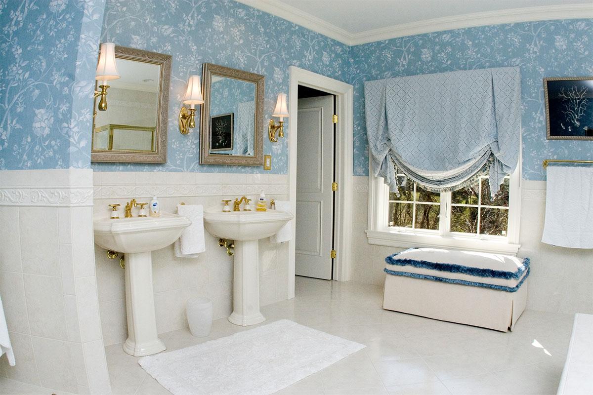 LoisRapiel_Interiors_bathroom
